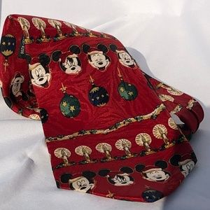Disney Christmas tie with Mickey Mouse